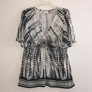 Eci New York Black and Ivory Top